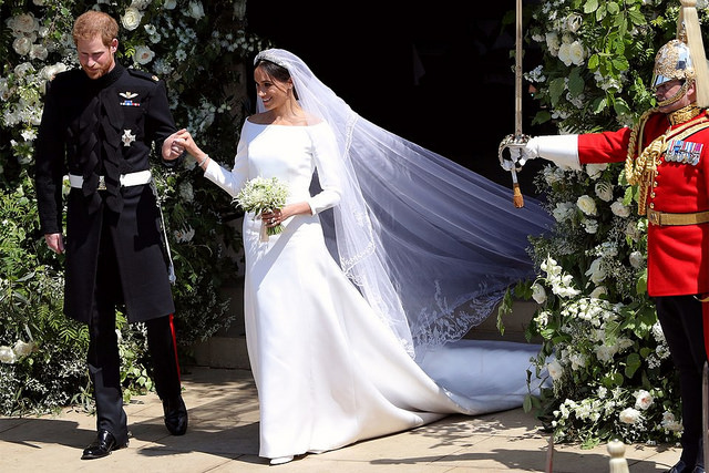 Duke+and+Duchess+of+Sussex+leaving+St.+George%27s+Chapel+after+the+ceremony.