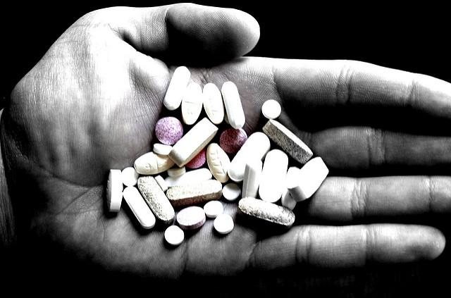 Pills%0A2.0+Generic+%28CC+BY-NC-SA+2.0%29