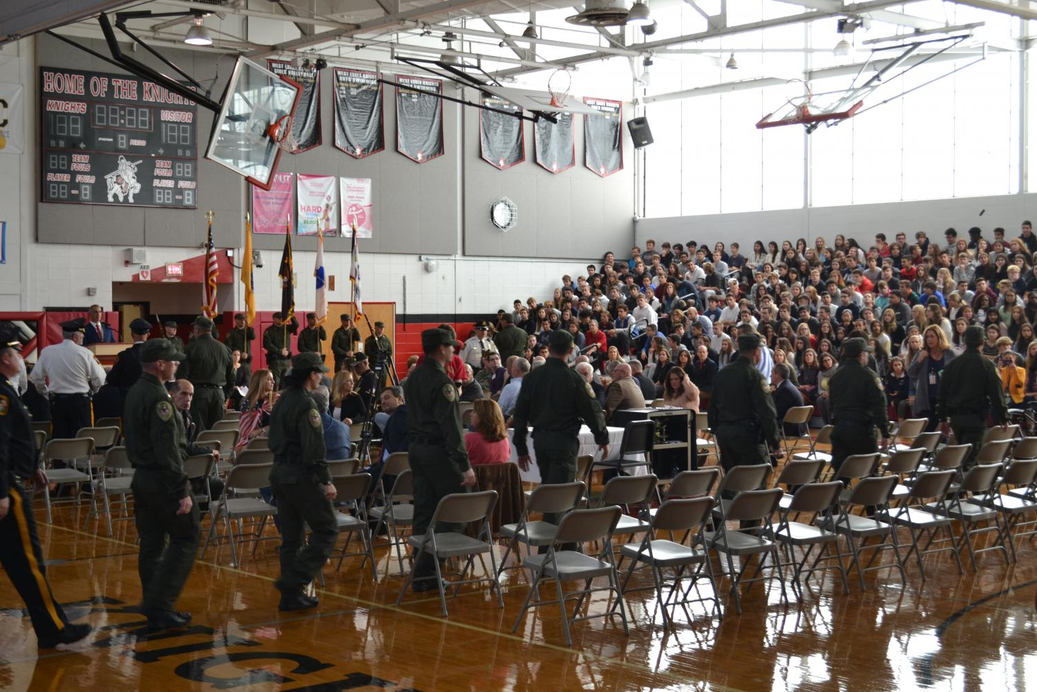 Student body gathers in gymnasium to honor Veterans.