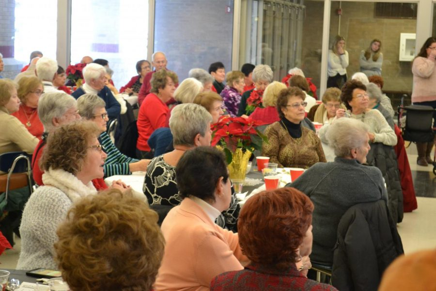 %28Staff+Photo%29+Senior+citizens+enjoyed+entertainment+from+the+choir%2C+acapella+groups+and+the+jazz+band.+